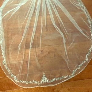 Beautiful Wedding veil beading detail